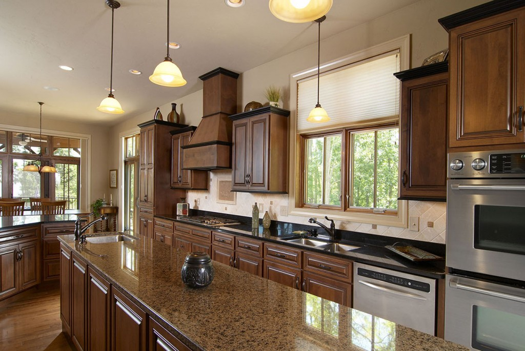 Alder Island with heirloom stain and glaze, Wellington Doors and Drawers, Midnight Stain on Maple trim