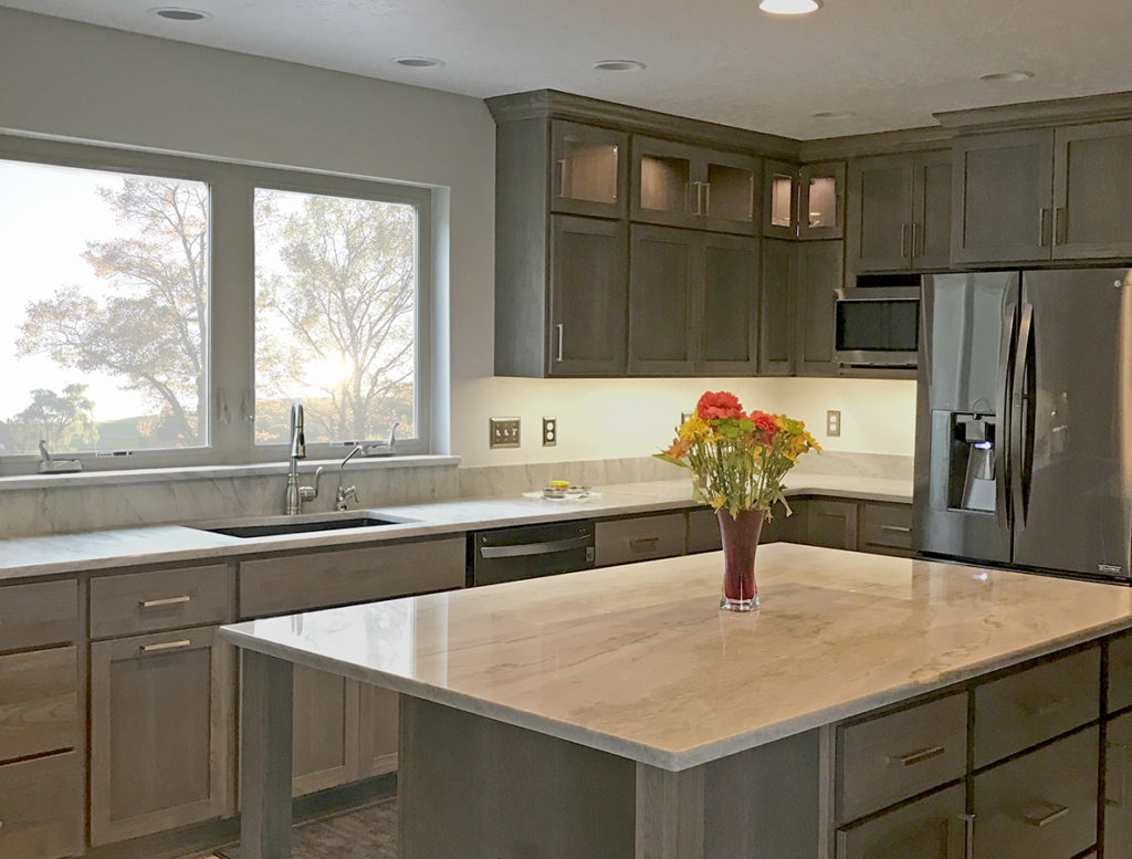 Cobblestone stain kitchen with Shakertown doors and Slab drawer fronts